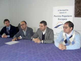 I componenti del gruppo consiliare PPE-PDL, Enrico Rimini, Gabriele Cameruccio, Alessandro Cicconi Massi e Alessandro Mazzarini