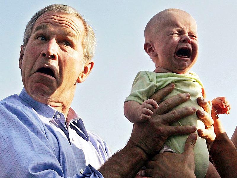George Bush con bambino