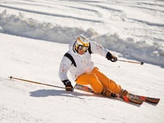 Sciatore, neve, montagna, sci