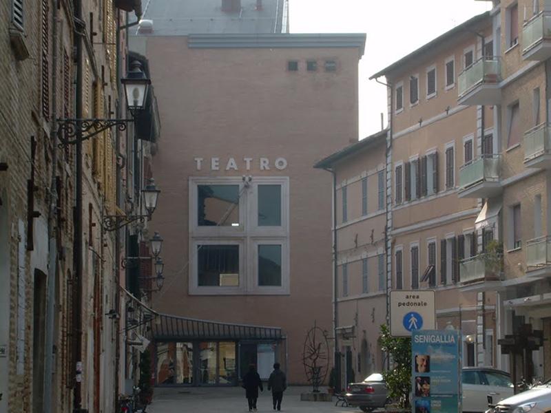 Il Teatro La Fenice di Senigallia
