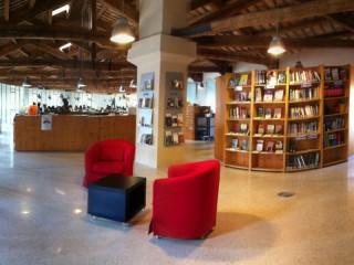 Interno Biblioteca Antonelliana