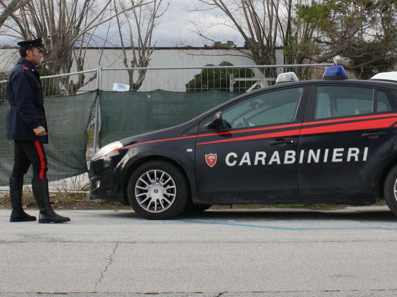 Carabinieri, auto, gazzelle
