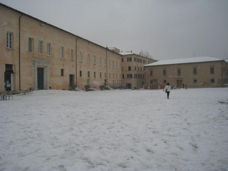 Neve in piazza del Duca a Senigallia