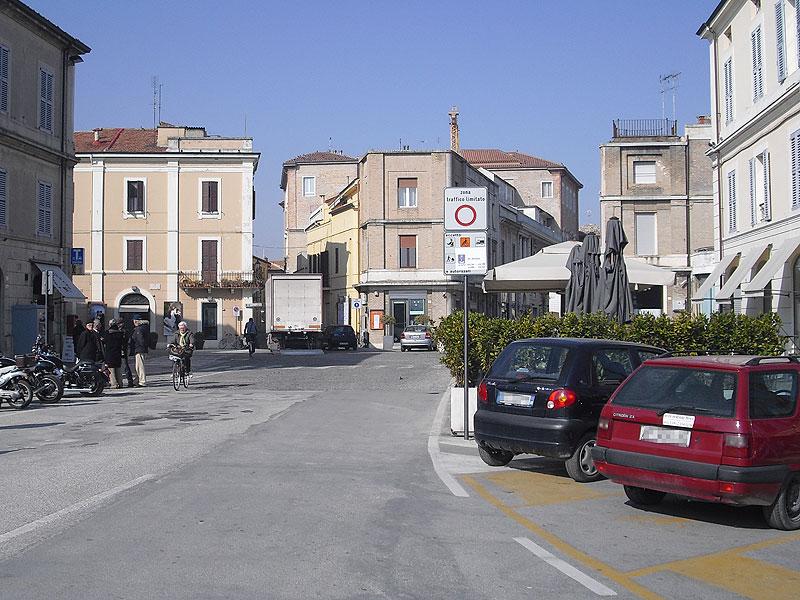 Piazza Saffi a Senigallia, centro storico