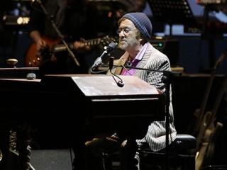 Lucio Dalla in concerto a Senigallia (foto di Libero Api)