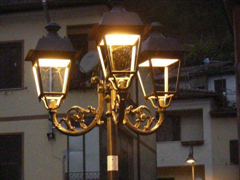 Lampione di illuminazione pubblica