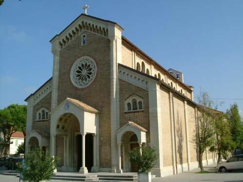 Chiesa di Santa Maria della Neve (Portone) a Senigallia