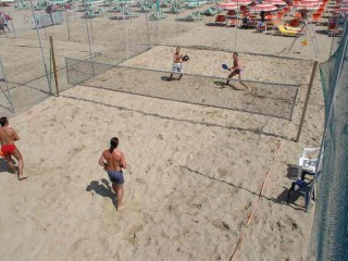 Giocatori di beach tennis