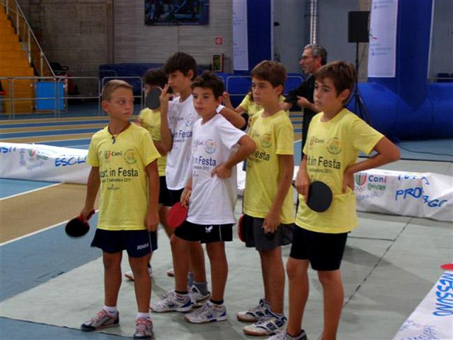 Alcuni dei partecipanti al torneo di Tennistavolo Memorial Perpicciante