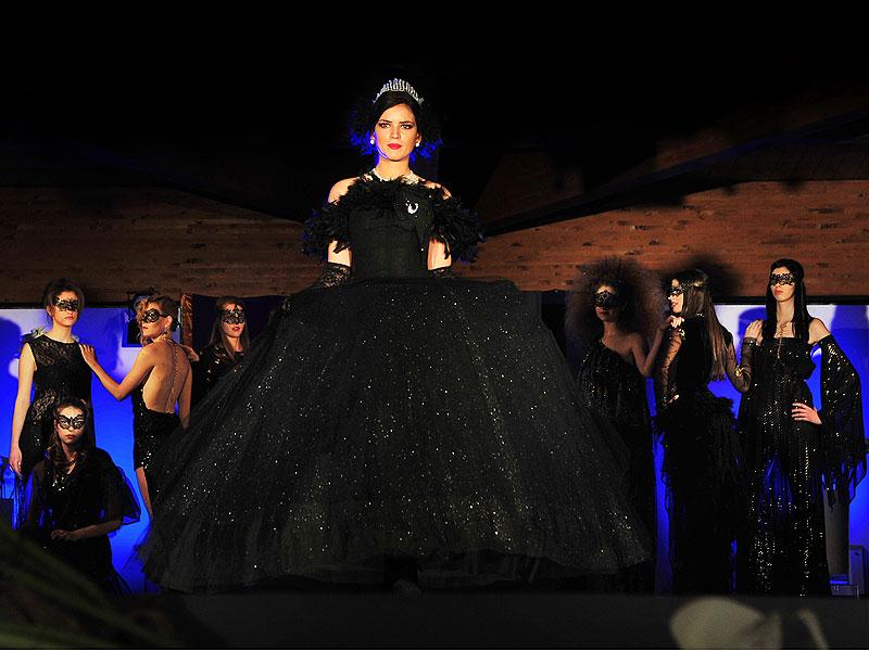 Sfilata di Moda al Finis Africae per inaugurazione Top Model Agency di Senigallia