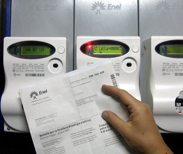 Rincaro tariffe elettriche