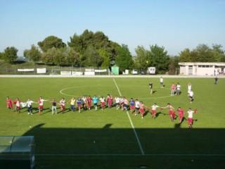 L'Avis Arcevia Caber di calcio a 11 festeggia la promozione in I categoria