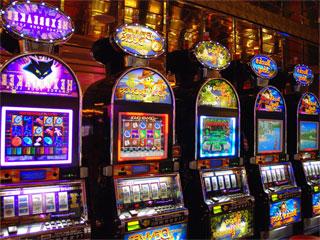 Slot machines, gioco d'azzardo, video poker