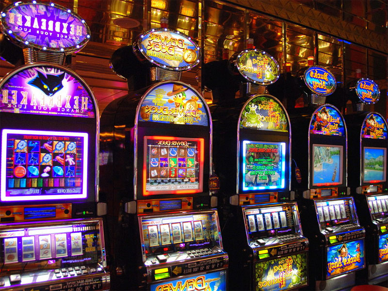 Slot machines, gioco d'azzardo, video poker