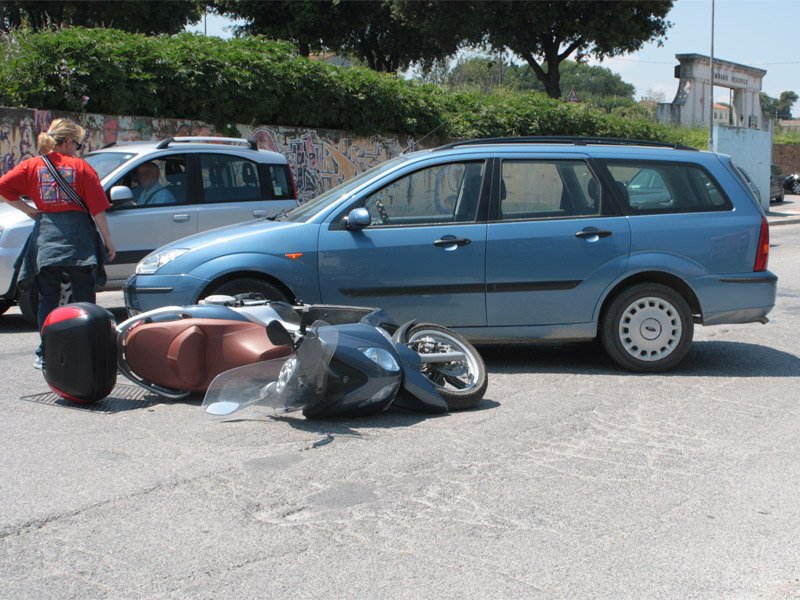 L'incidente in via Cellini a Senigallia