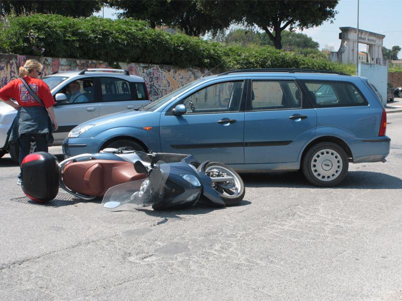 L'incidente in via Cellini a Senigallia