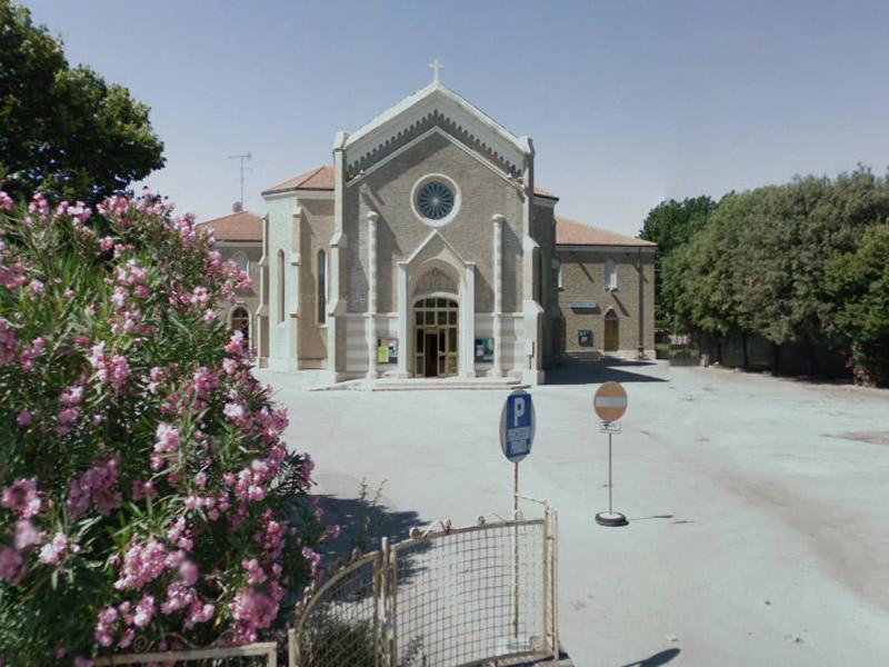 Chiesa della Pace, in via Sanzio a Senigallia - Senigallia Notizie