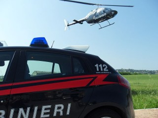 Auto ed elicottero dei Carabinieri di Senigallia e Falconara Marittima
