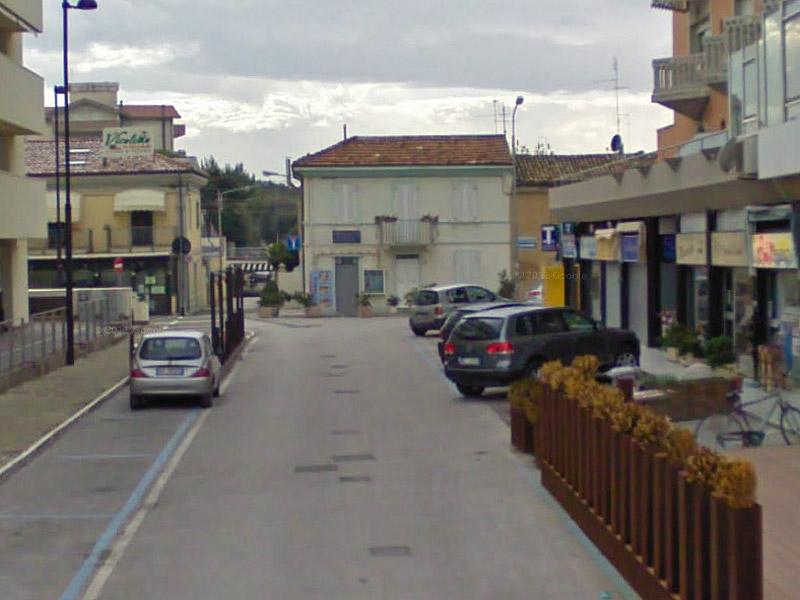 Via Ugo Bassi, a Senigallia