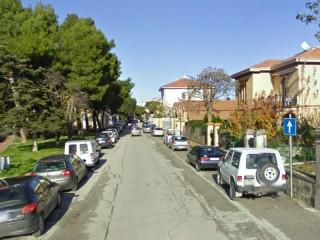 Senigallia: via Annibal Caro vista da largo Boito