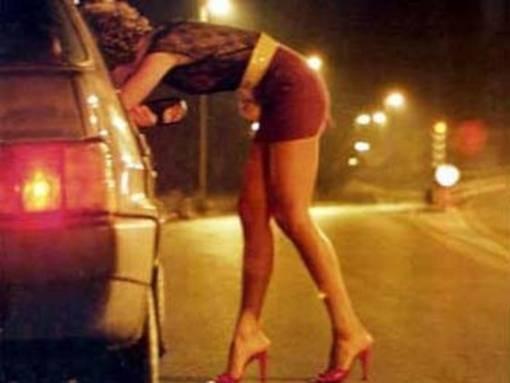 Una prostituta in azione