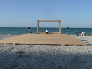 Il palco di Demanio Marittimo - KM 278