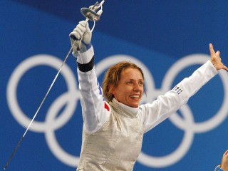 La porta bandiera azzura Valentina Vezzali