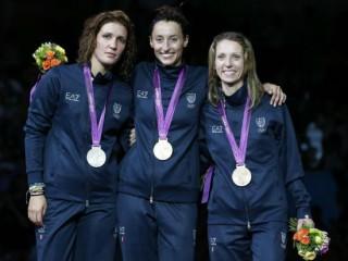 Il podio azzurro nella scherma alle Olmpiadi di Londra 2012: Arianna Errigo, Elisa Di Francisca e Valentina Vezzali