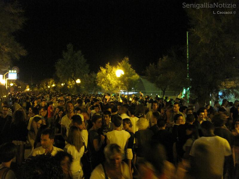 Notte della Rotonda 2012 a Senigallia: pienone a lungomare