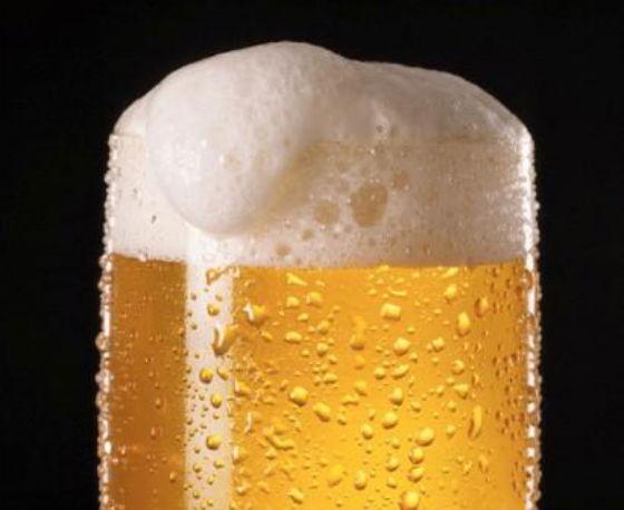La birra, uno dei prodotti di maggior successo allo stand della città di Lorrach