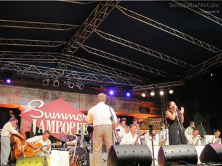 Summer Jamboree - Abbey Town Jump Orchestra sul palco