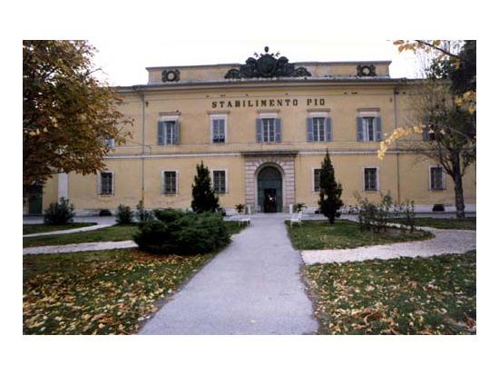 L'edificio della casa di riposo Opera Pia Mastai Ferretti di Senigallia
