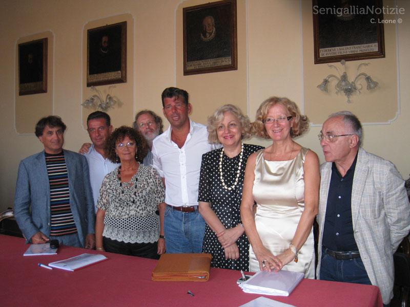 Mangialardi, Memè, Schiavoni, Cavallari e i dirigenti degli Istituti Comprensivi di Senigallia