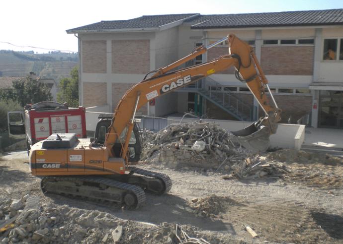 Lavori di ristrutturazione alla scuola Crocioni di Ostra