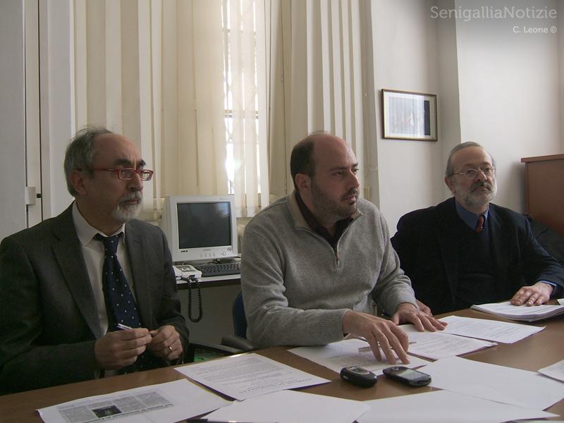 I consiglieri di Rifondazione (a sx Luigi Rebecchini) e di Partecipazione (al centro e dx Paolo Battisti e Roberto Mancini)