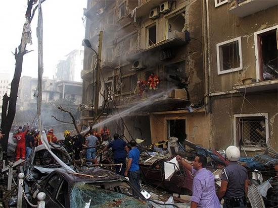 Attentato con un'autobomba in Libano