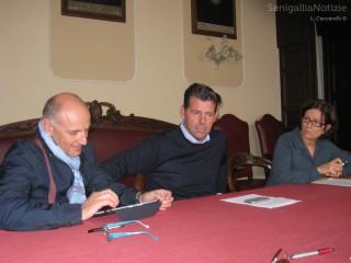 Volpini, Mangialardi e Campolucci illustrano le ricadute della crisi sul welfare senigalliese