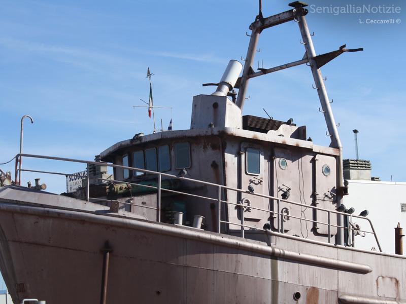 Una delle cinque imbarcazioni dell'ex cantiere Navalmeccanico di Senigallia. Foto di Lorenzo Ceccarelli per Senigallianotizie.it