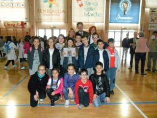 """I giovani alunni premiati al concorso """"Paesaggi della vita quotidiana"""""""