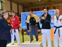 La premiazione degli atleti del taekwondo Senigallia al torneo Marche-Umbria