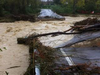 Il nuovo ponte tra Corinaldo e Mondavio, crollato per il maltempo