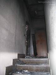 L'appartamento a cui è stato fuoco, all'ultimo piano del palazzo di via del Molinello