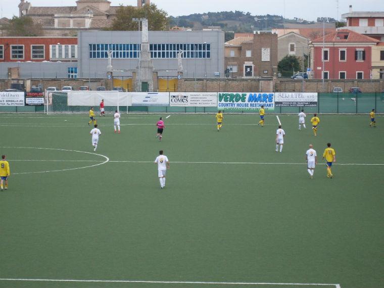 Senigallia Calcio-Ostra
