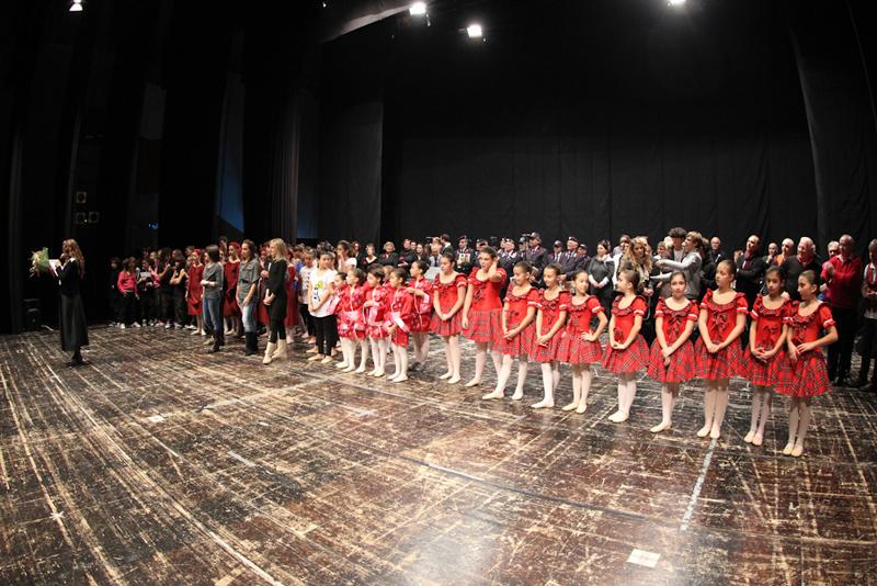 L'edizione 2011 di 'Danza e musica solidali per l'A.O.S'