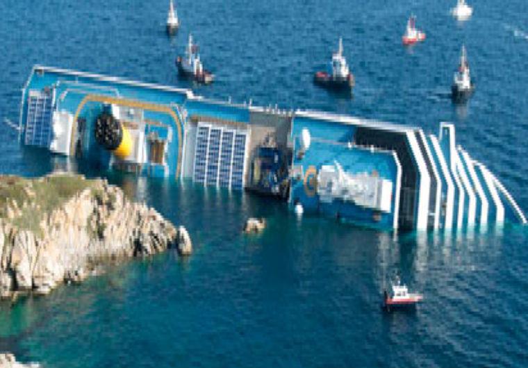 La Costa Concordia naufragata all'Isola del Giglio