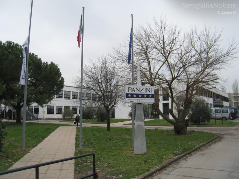 Istituto d'Istruzione Superiore A.Panzini di Senigallia