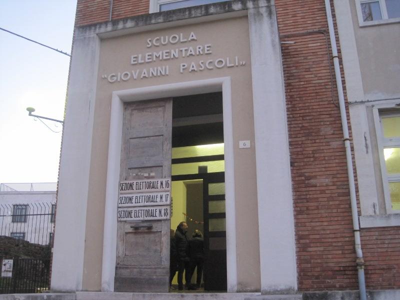 Elezioni Politiche 2013: afflusso ai seggi alla Pascoli di Senigallia