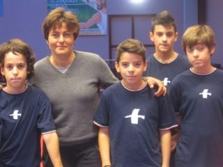Alcuni giovani del T.T.Senigallia col tecnico Sabrina Moretti