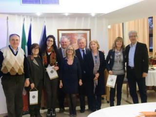 Il riconoscimento consegnato a Chiara Pacetti, terza da sinistra