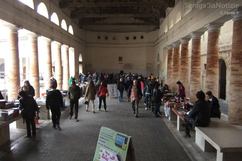 Senzanbocch: giornata del baratto e del riuso, alla pescheria del Foro Annonario di Senigallia